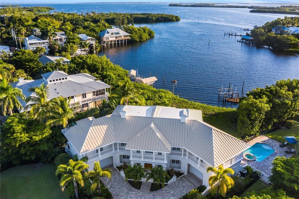 Extraordinary Waterfront Estate